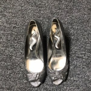 Nina Metallic Shoes
